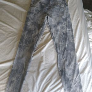 lululemon athletica Pants & Jumpsuits - Lululemon tie dye leggings